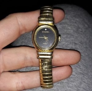 Chanel stretch band wrist watch